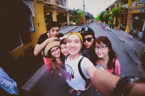 du lịch với bạn bè