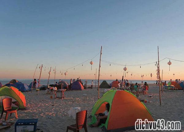 cắm trại đêm biển cảnh dương